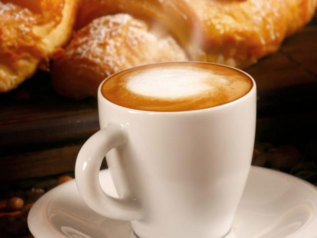Kaffee & Croissants